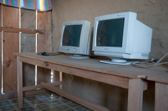 Nangi, Nepal<br>Two donated CRT monitors in a school in rural Nepal. Due to their high power consumption, they won't even turn on: the grid cannot handle such a high load.
